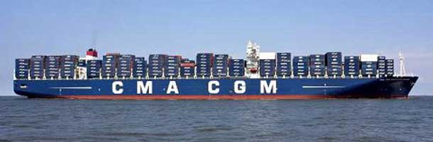 CMA CGM flytter flere containere